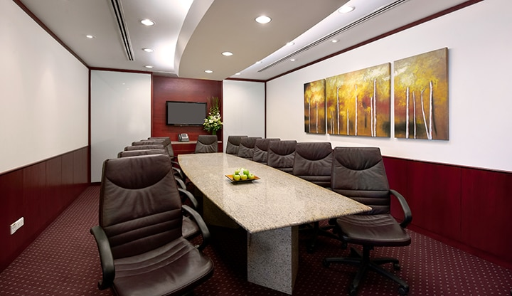 boardroom-six-battery-road-singapore-720x416.png