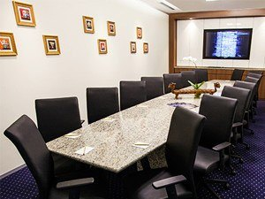 meeting-room-300x225.jpg